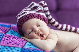 新生儿睡觉哪种姿势好